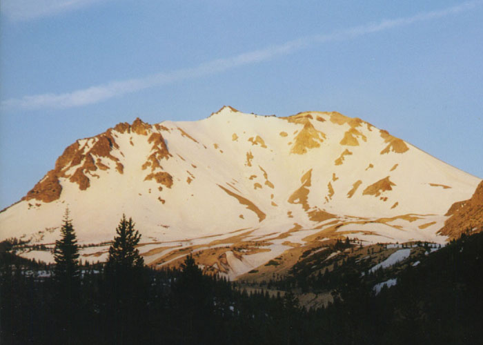 Skiing the Cascade Volcanoes: Lassen Peak